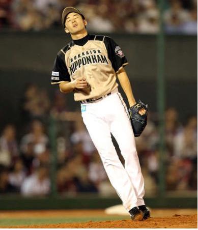 【画像あり】日ハム斎藤佑樹が試合中に昇天wwwwww